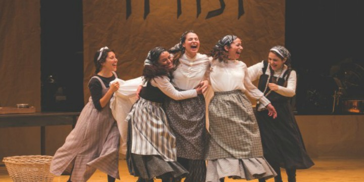 A production photo from the Yiddish-language production of Fiddler on the Roof. Photo: Victor Nechay / ProperPix.