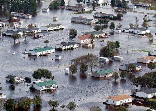 Words of the Week: Catastrophic flooding: דאָס קאַטאַסטראָפֿאַ֜לע 'קאַטאַסטראָ֜פֿישע' פֿלייצן